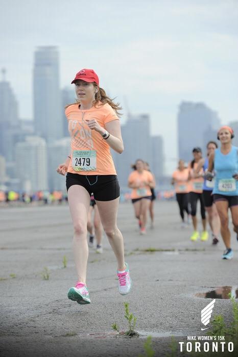 Nike Women's 15k Toronto | Paper Clips by Maggie de Barra